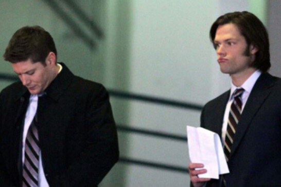Supernatural – Jensen and Jared on Set 01/16/2012 UPDATE