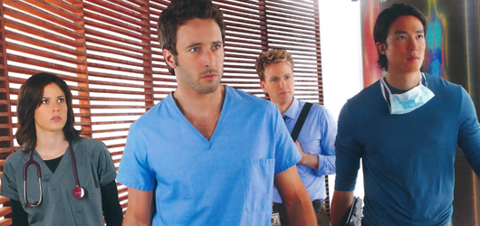 TV Serien Highlights Magazine Scan July 2012 - Alex O'Loughlin