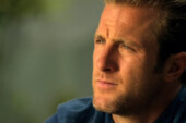 Scott Caan Interview – Magazine Scan Dec. 17th, 2012 issue of GLOBE