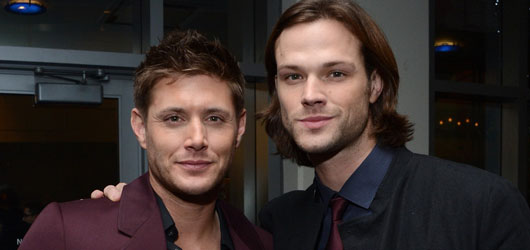 Supernatural - Jared, Jensen and their lovely wives at the Peoples Choice Awards 2013